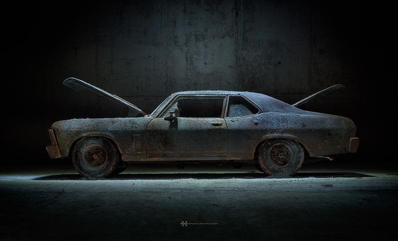 Photo et mise en scene de voiture  miniature Chevy