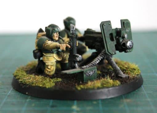Figurine cadiens avec mitrailleuse lourde